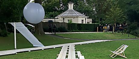 Pernilla Ohrstedts design för TopShops visningstält, Regent's Park.