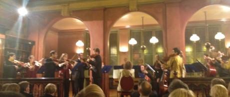 EU:s barockorkester uppträder i Bryssel. Bidrar denna typ av insatser till byggandet av en europeisk identitet?