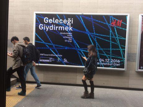 i tunnelbanan