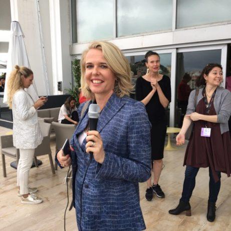 Ambassadens pressråd, Sara Brandt-Hansen fick agera reporter för en dag.