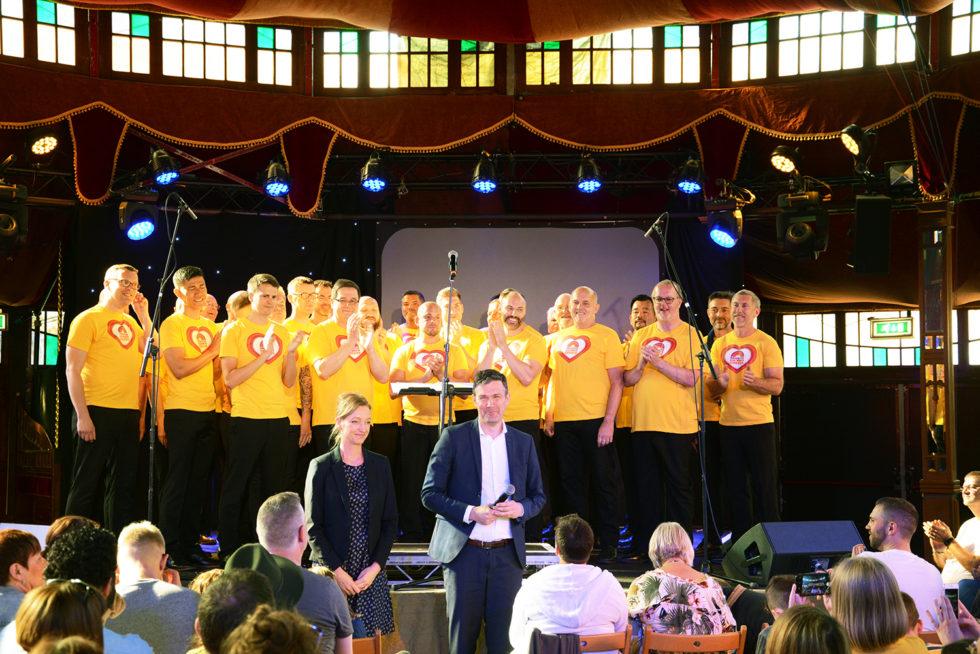 Brighton Gay Men's Chorus är redo för ABBA-konsert i Brighton.