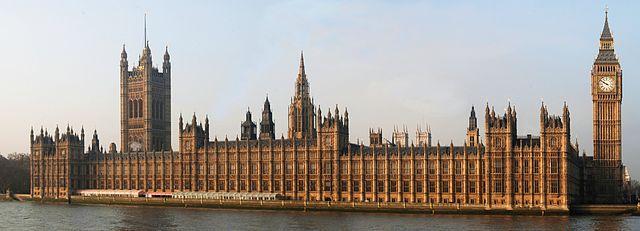 640px-London_Parliament_2007-1