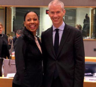 Alice Bah Kuhnke med sin franska homolog (nyligen tillträdd), Franck Riester på ministerrådsmöte i Bryssel den 27 november. Foto: Charlotte Erikson