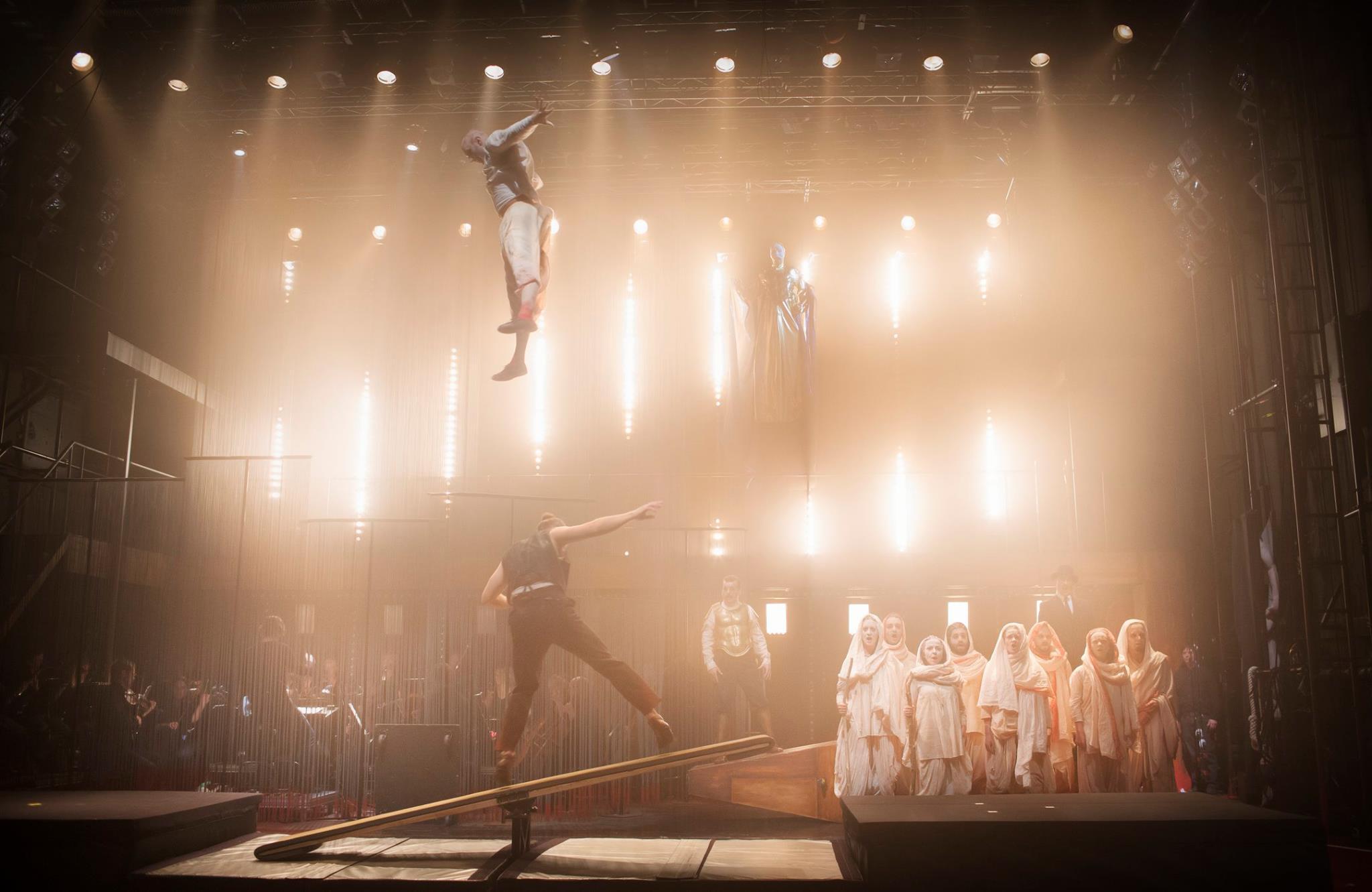 Satyagraha, Cirkus Cirkör