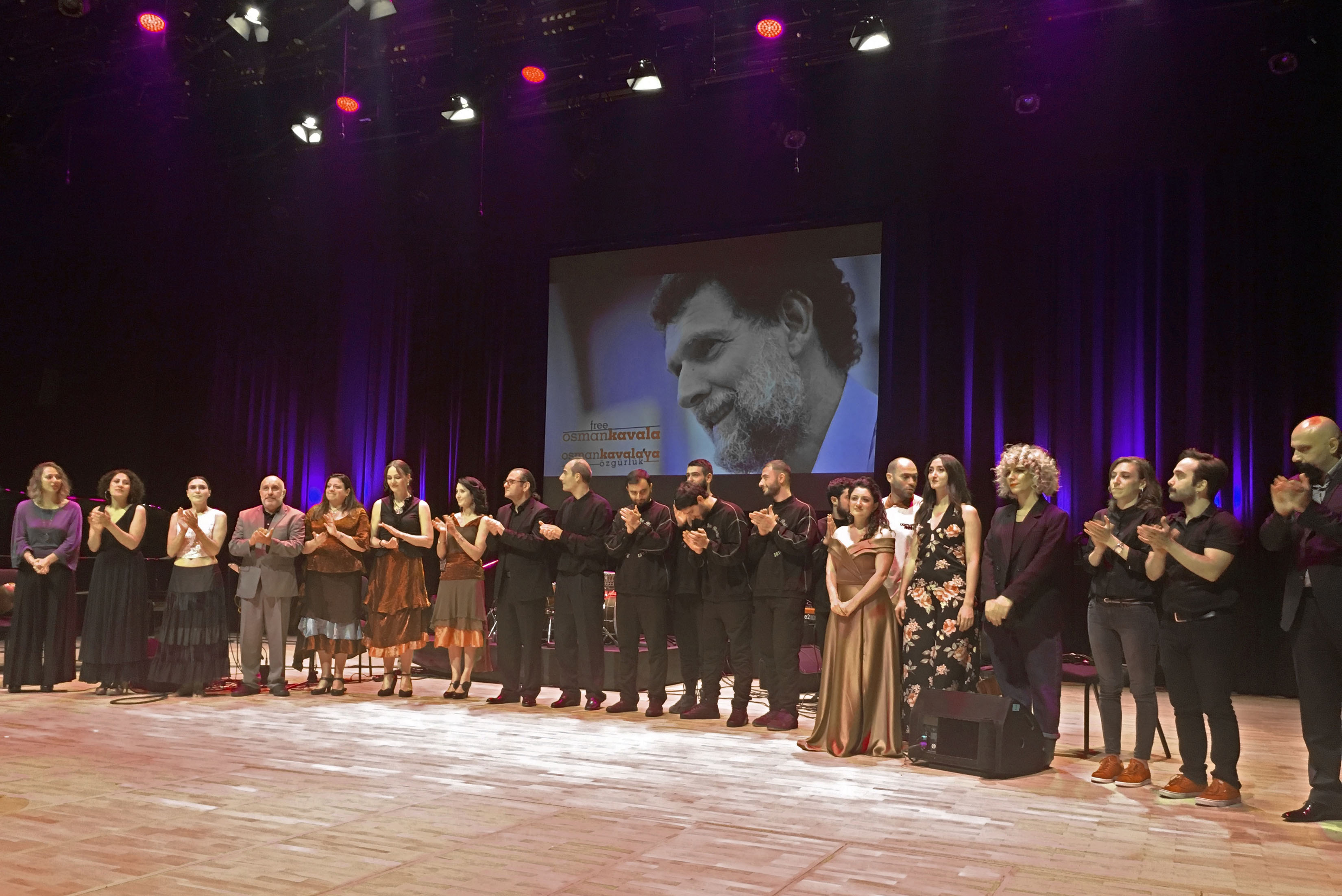 Konsert i samband med 150 årsdagen av den armeniska kompositören Gomidas på Cemal Reşit Rey konserthall i Istanbul.