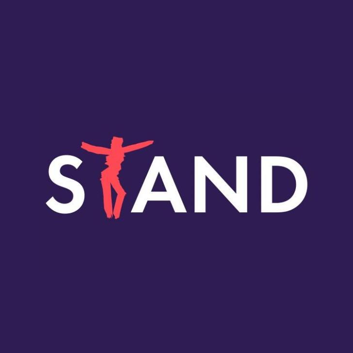 STAND - Sustaining Theatre and Dance Foundation bildades under pandemin för att stötta den fria scenkonsten, och driva dess frågor nu och i framtiden
